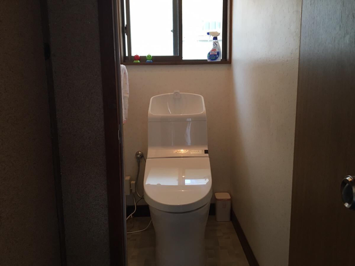 古いトイレから新しいトイレに