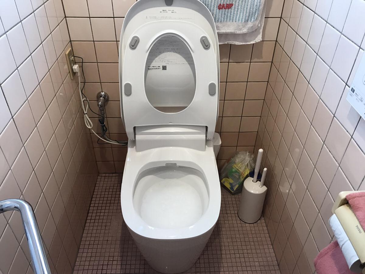トイレ交換で水漏れ解消で機能も充実!