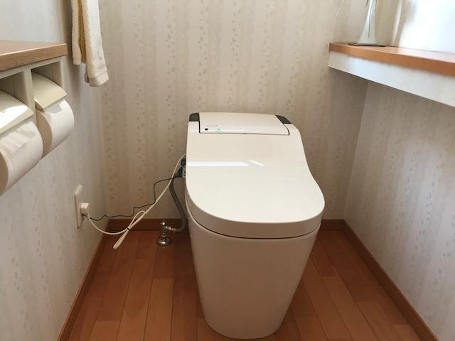 福山市沖野上町F様邸トイレ取り替え工事