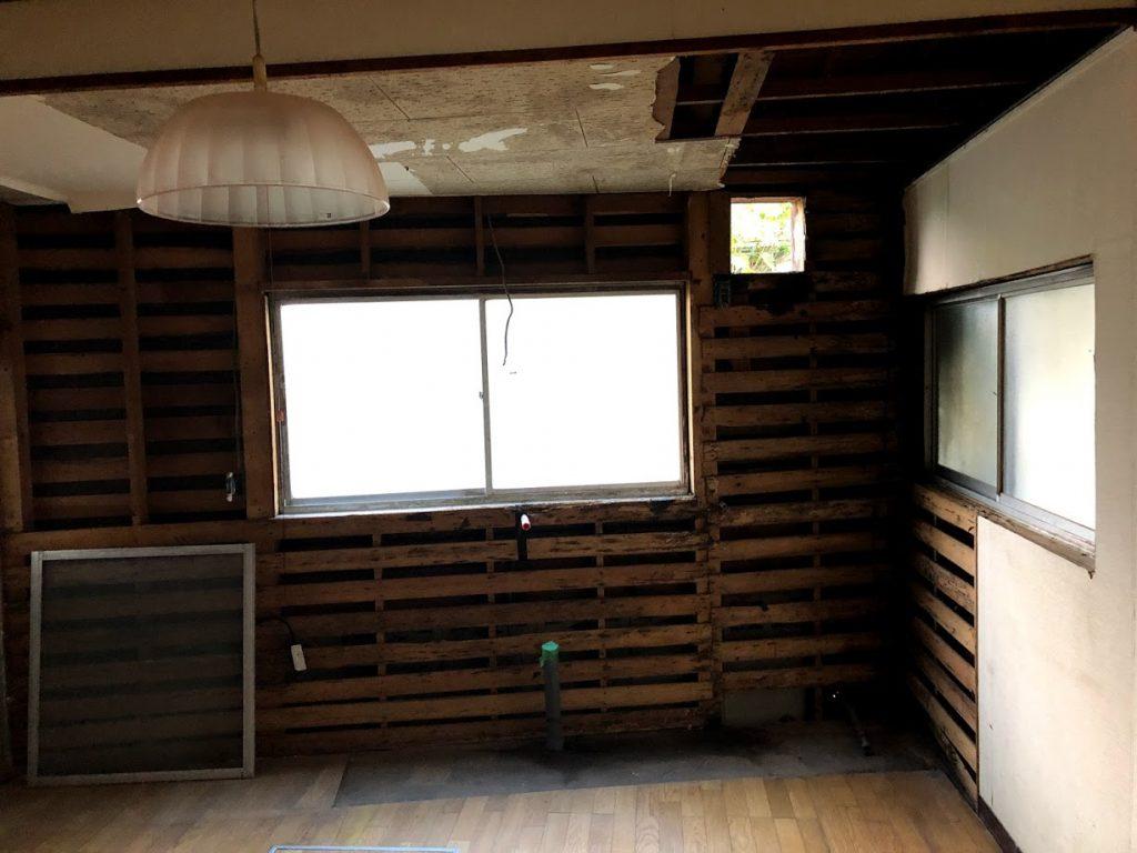福山市 山手町にて、キッチン、浴室改修工事中です。