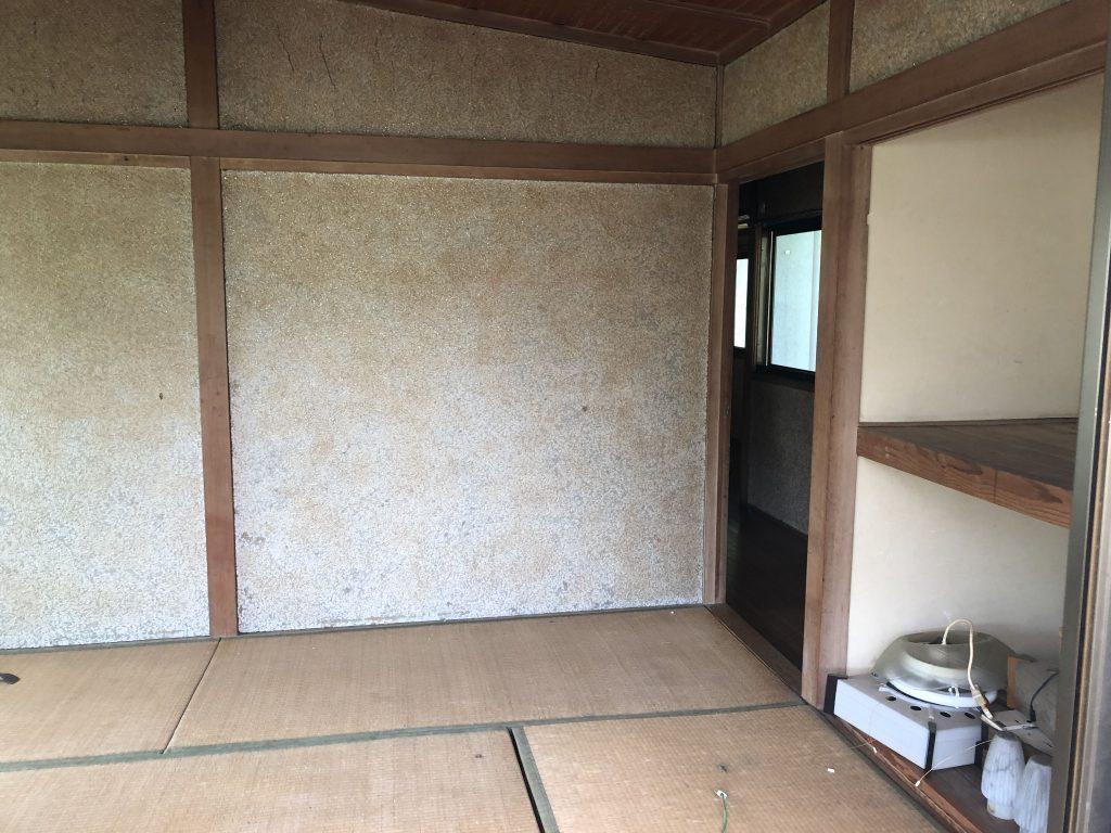 福山市芦田町 全面改修工事 解体工事スタートです。