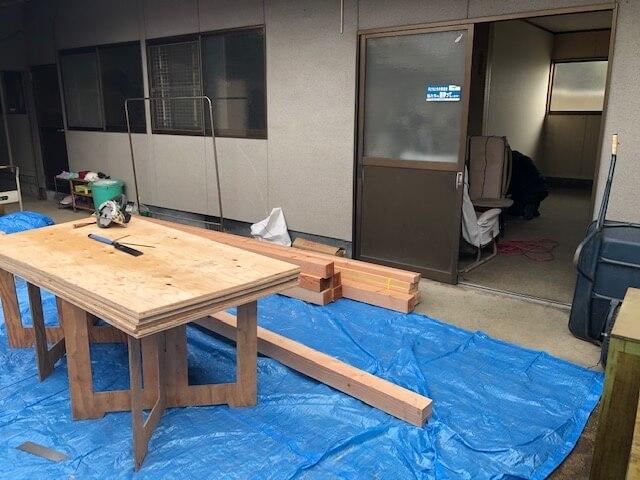 寝室と渡り廊下を作ってます IN 多治米町